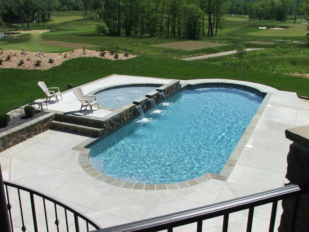 Inground pool installation vernon poolman Fiberglass swimming pool installation